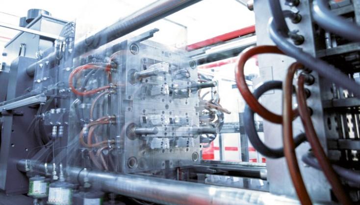 Maquinaria para plástico y fundición