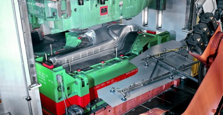 Maquinaria de deformación y prensas